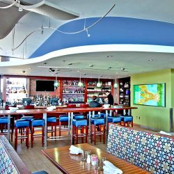 The Boathouse at Rocketts Landing utilized a fabric stretch wall system in the restaurant to provide a seamless soundproofing solution.