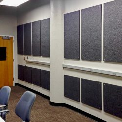 The PolySorpt® panels installed on the wall of the lab at North Carolina State University reduce echo and reverberation, improving the quality of group discussions.